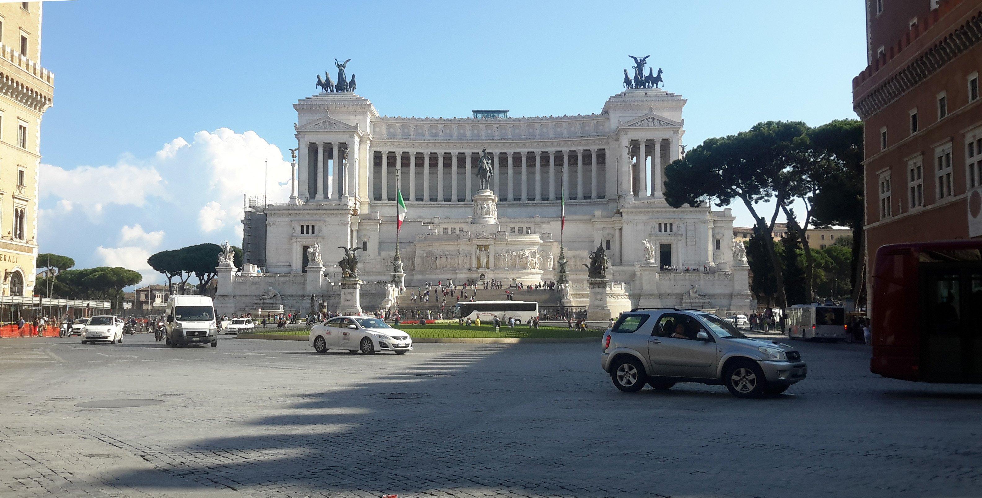 The Altare della Patria, which sits in central Rome, between the Piazza Venezia and the...