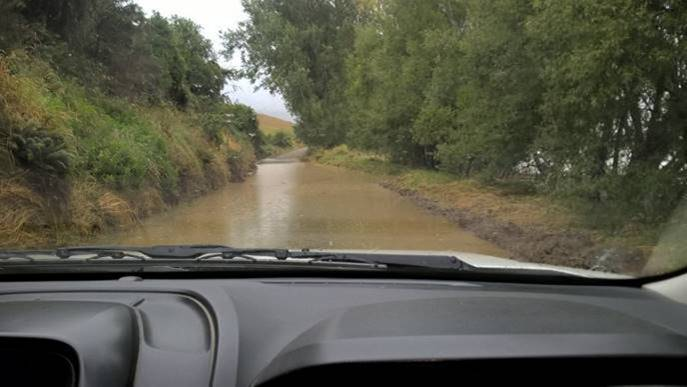 Block Rd in Waikaia was under water this afternoon. Photo: Southland District Council