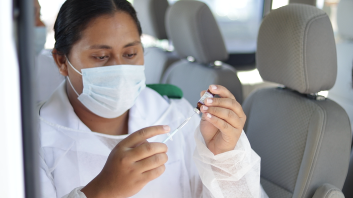 Mobile vaccination teams went out across Samoa on Thursday and Friday. Photo: RNZ