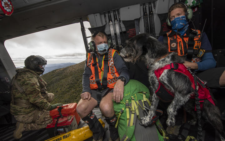 Members of the search and rescue operation. Photo: NZ Defence Force