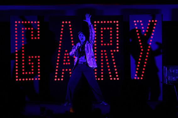 Gary Starlight (Jeff Clark) is coming to Dunedin.
