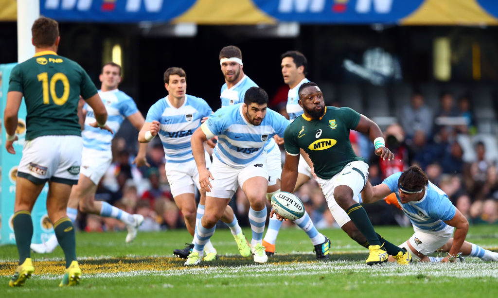 South Africa's Tendai Mtawarira (Beast) looks to off-load the ball at Jonsson Kings Park. Photo:...