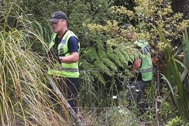 Police searching the bush off Scenic Drive in the Waitakere Ranges for Grace Millane's body. Photo: NZME