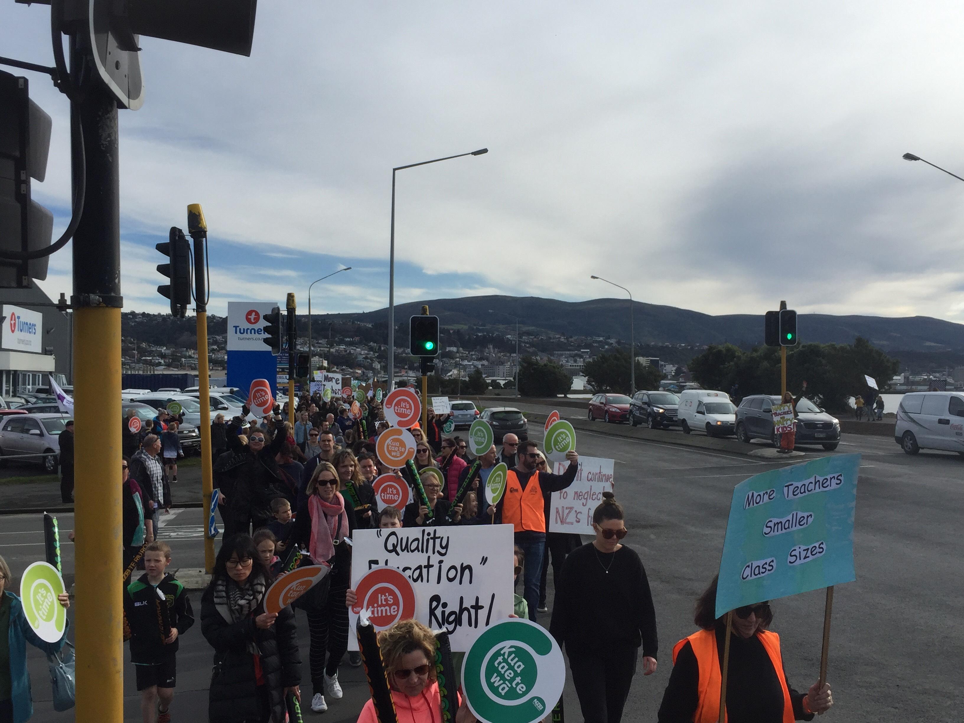 Dunedin teachers picket in Portsmouth Dr today. Photo: Tim Miller
