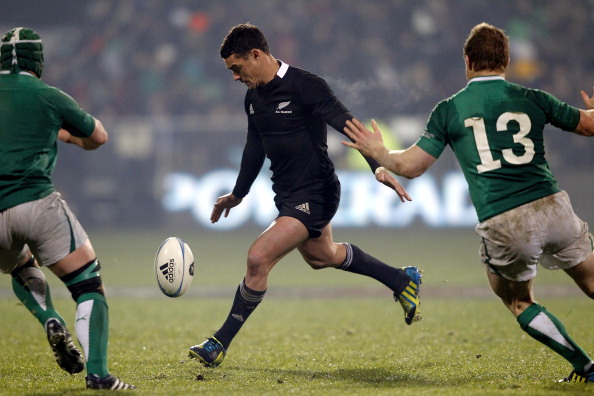 Rugby: Carter out for up to three weeks | Otago Daily Times