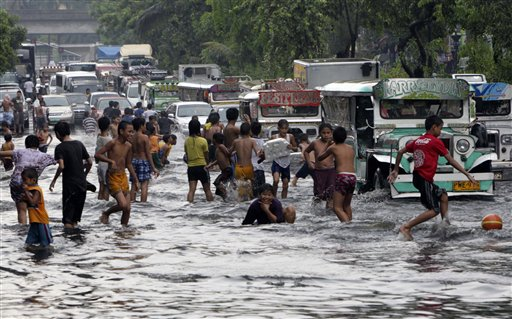Thousands evacuate as typhoon skirts Philippines | Otago Daily ...