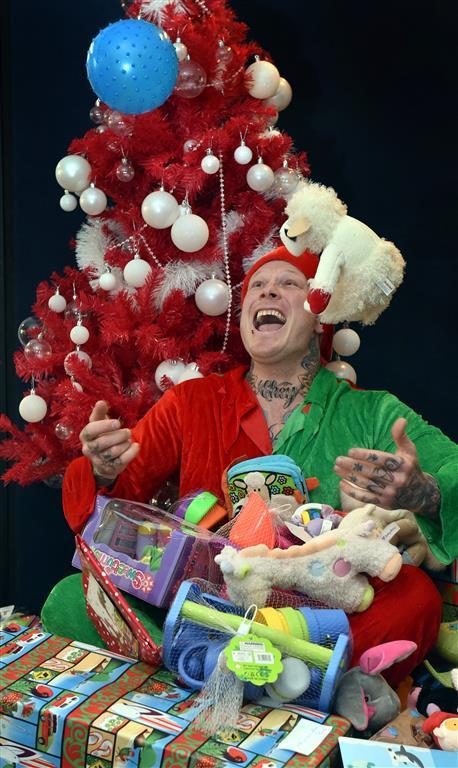 santas head elf spreading cheer otago daily times online news