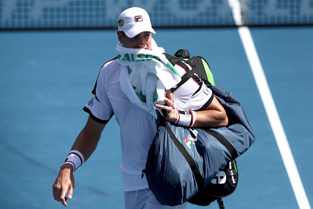 Isner crashes out of ASB Classic