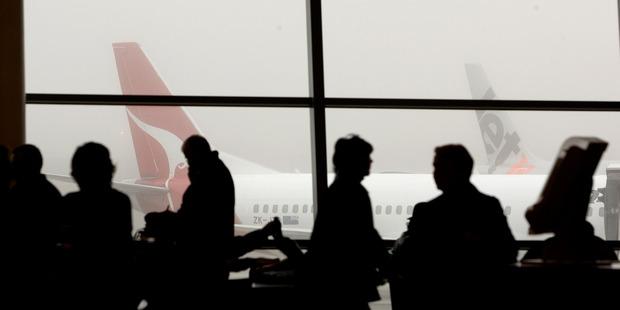 Fog hits flights in Wellington