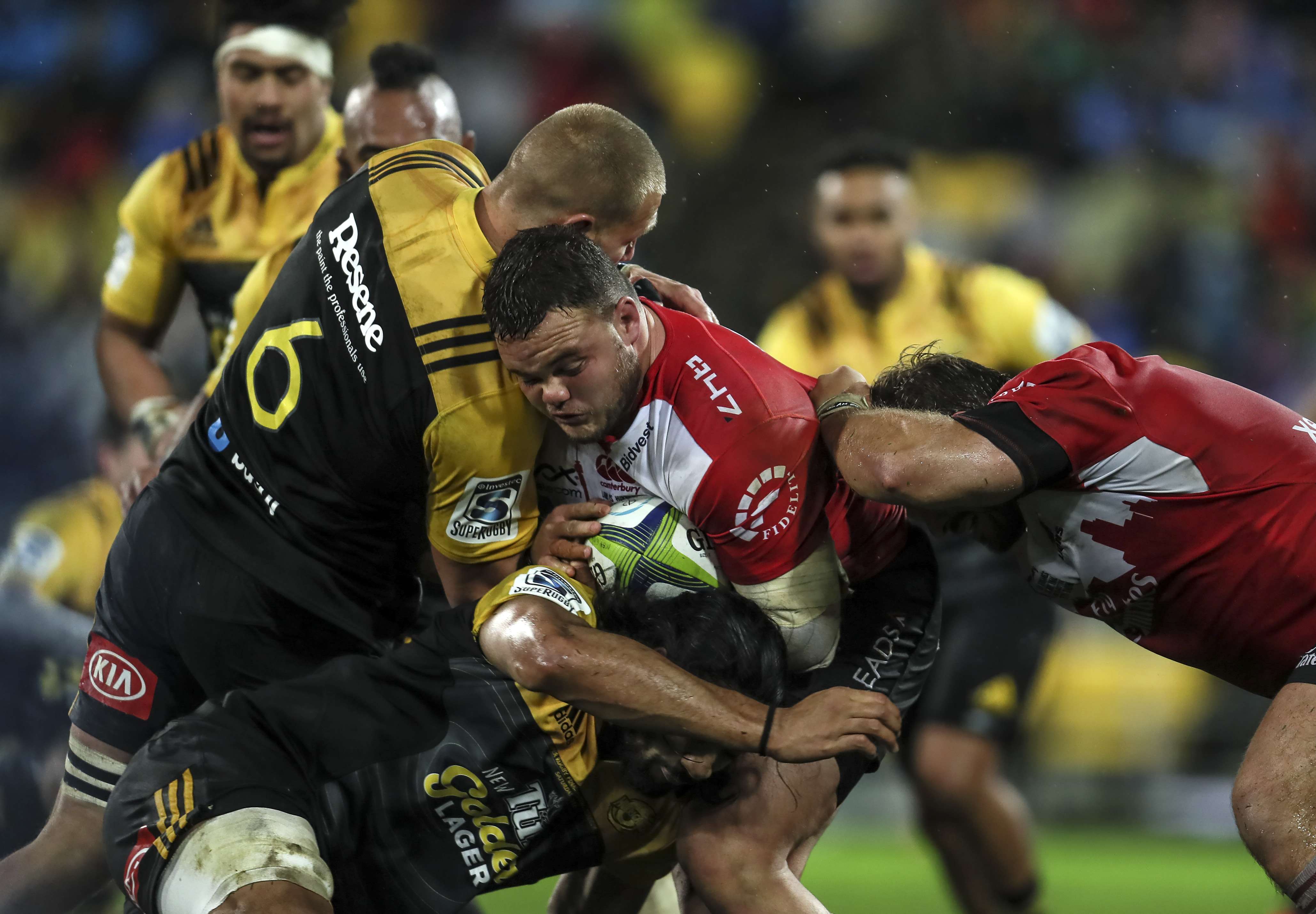 Hurricanes clinch thrilling draw with Lions