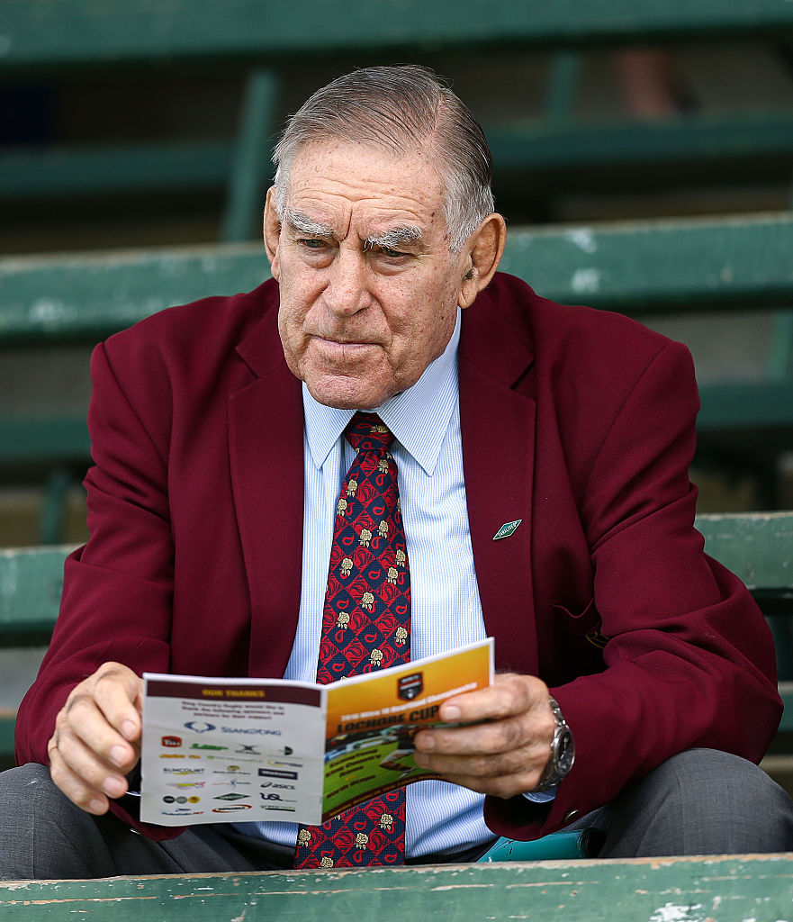Tribute at Dunedin test for Sir Colin Meads