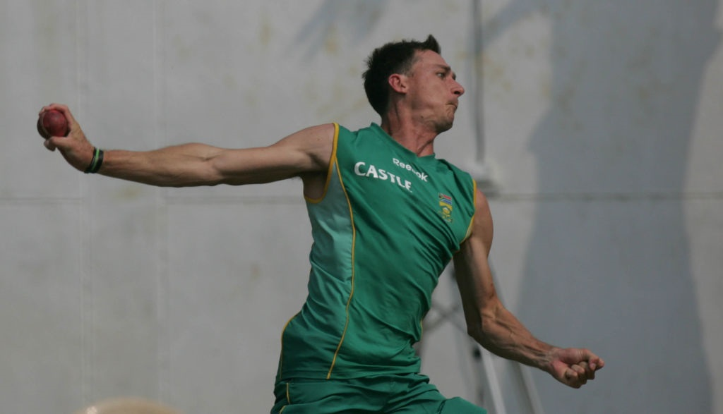 Dale Steyn bowls at a South Africa training session. Photo: Getty Images