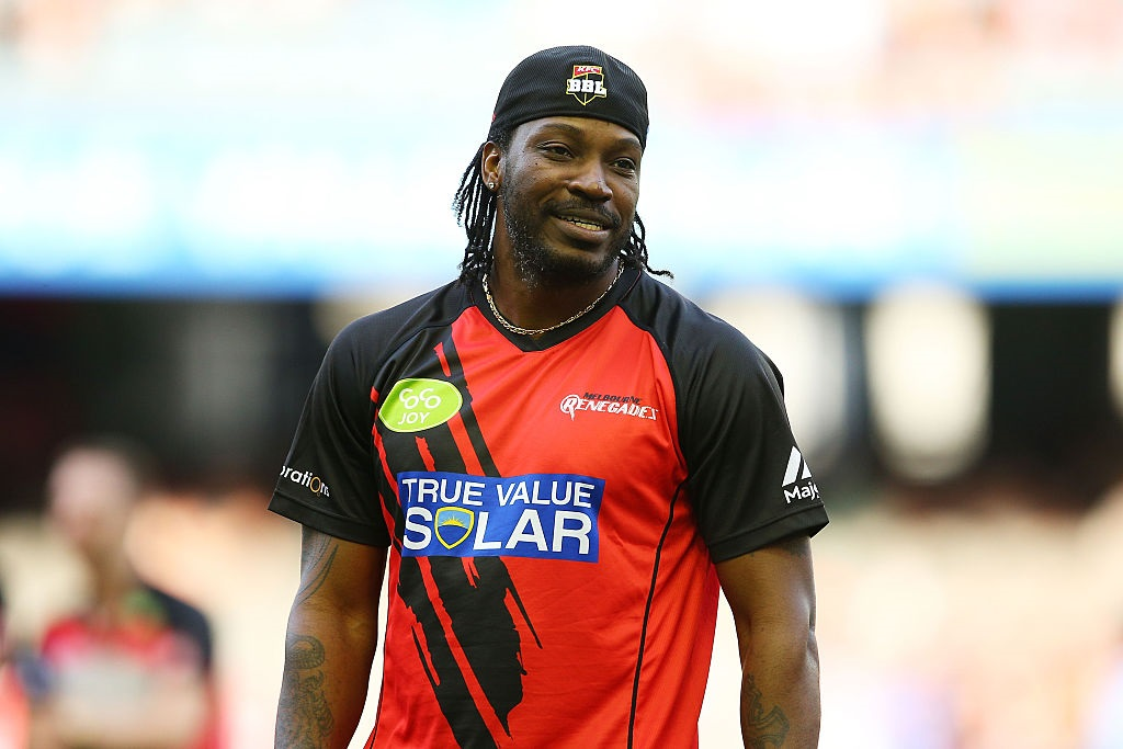 Gayle hits 18 sixes in innings