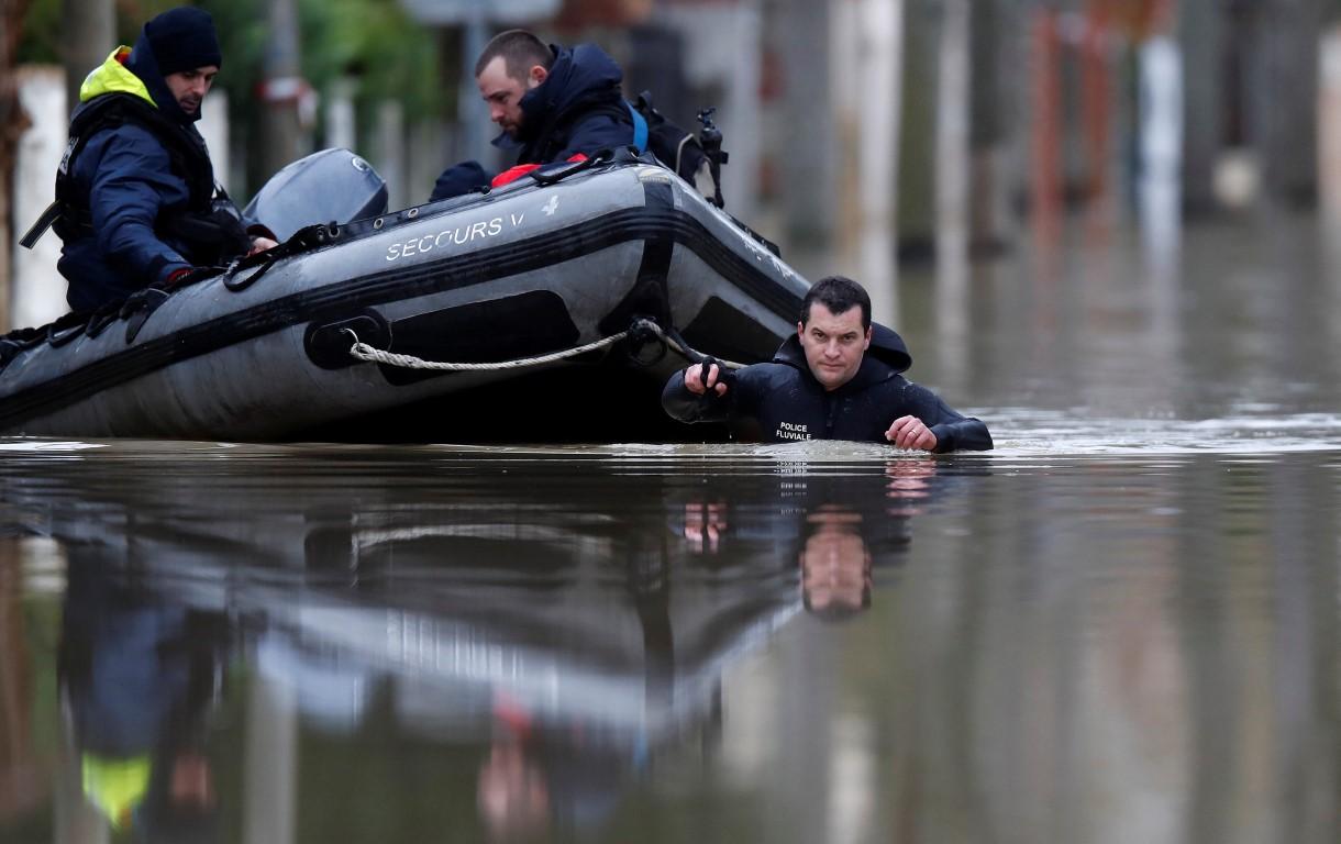 Evacuations begin as rain causes Paris' Seine River to overflow