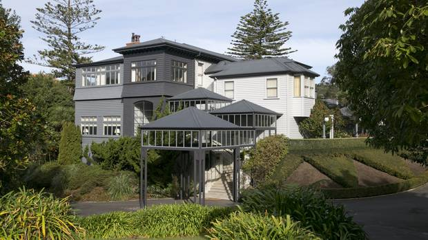 A briefcase near Premier House sparked a road closure earlier today. Photo: NZ Herald