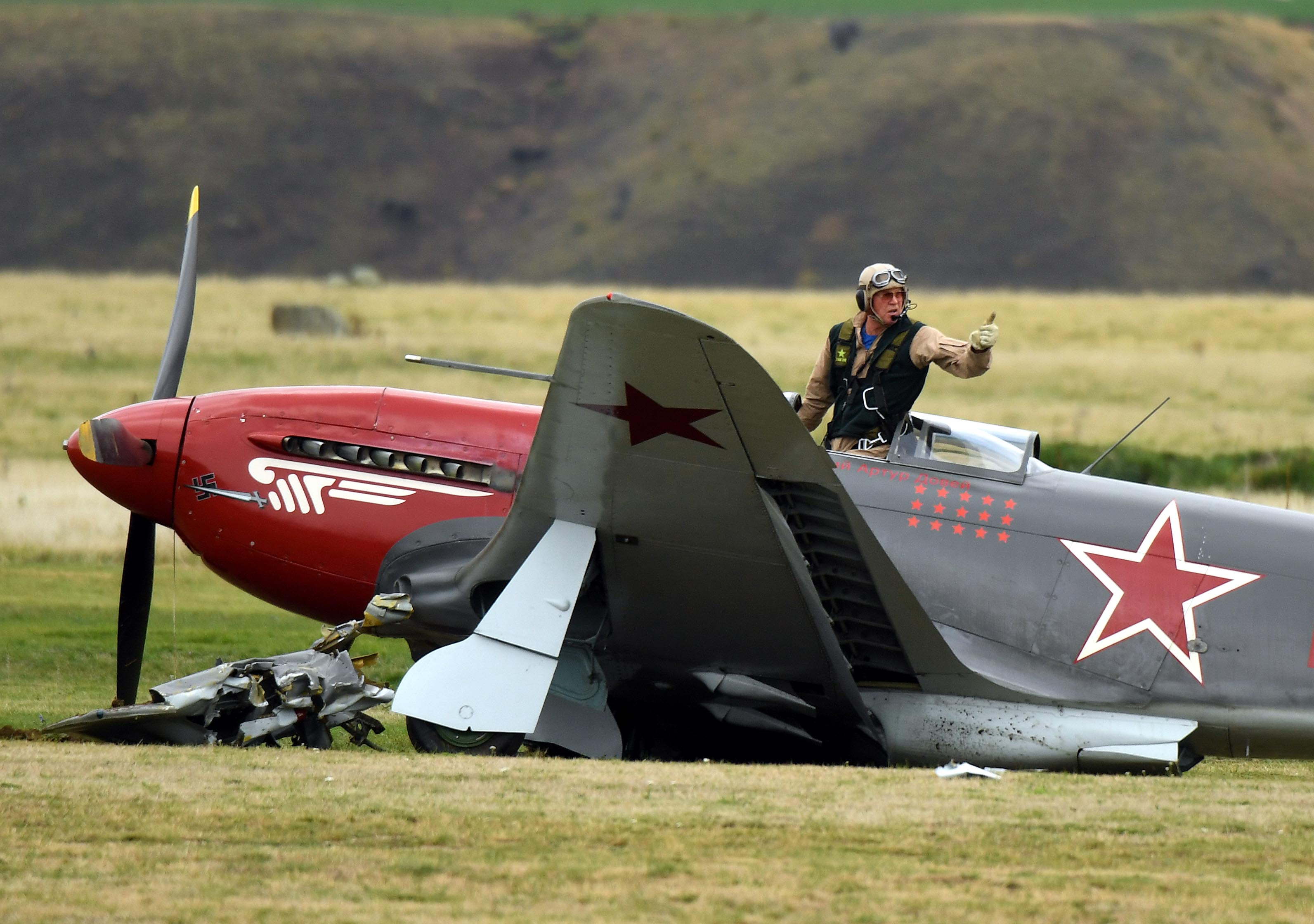 Plane crashes at Warbirds opening | Otago Daily Times Online News
