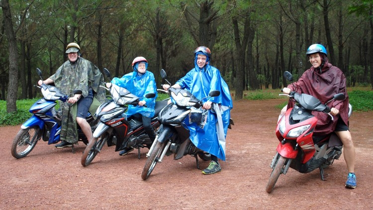 Hue bike tours