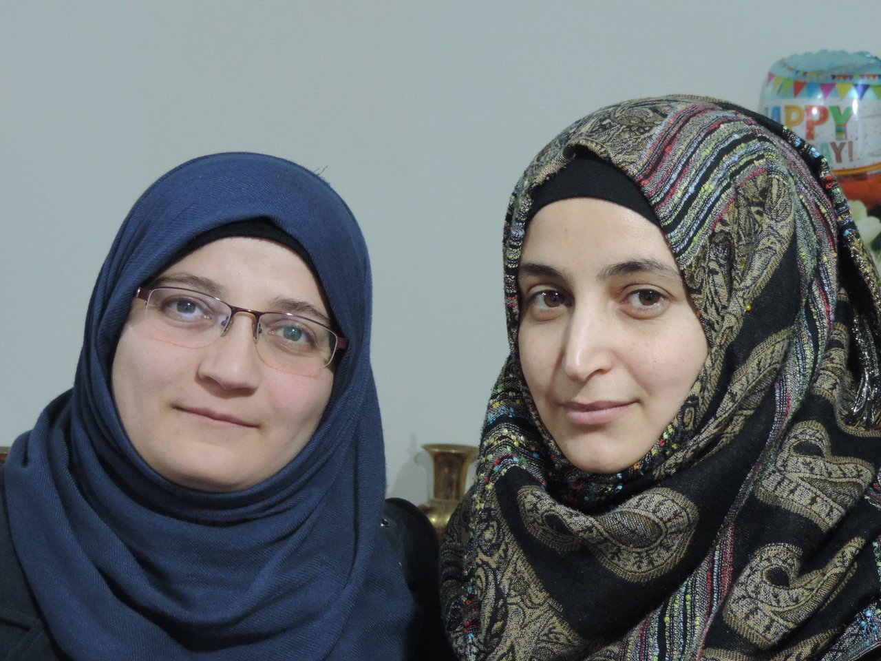 Waad Alsaid(左)和Manahel Haroura。照片:提供