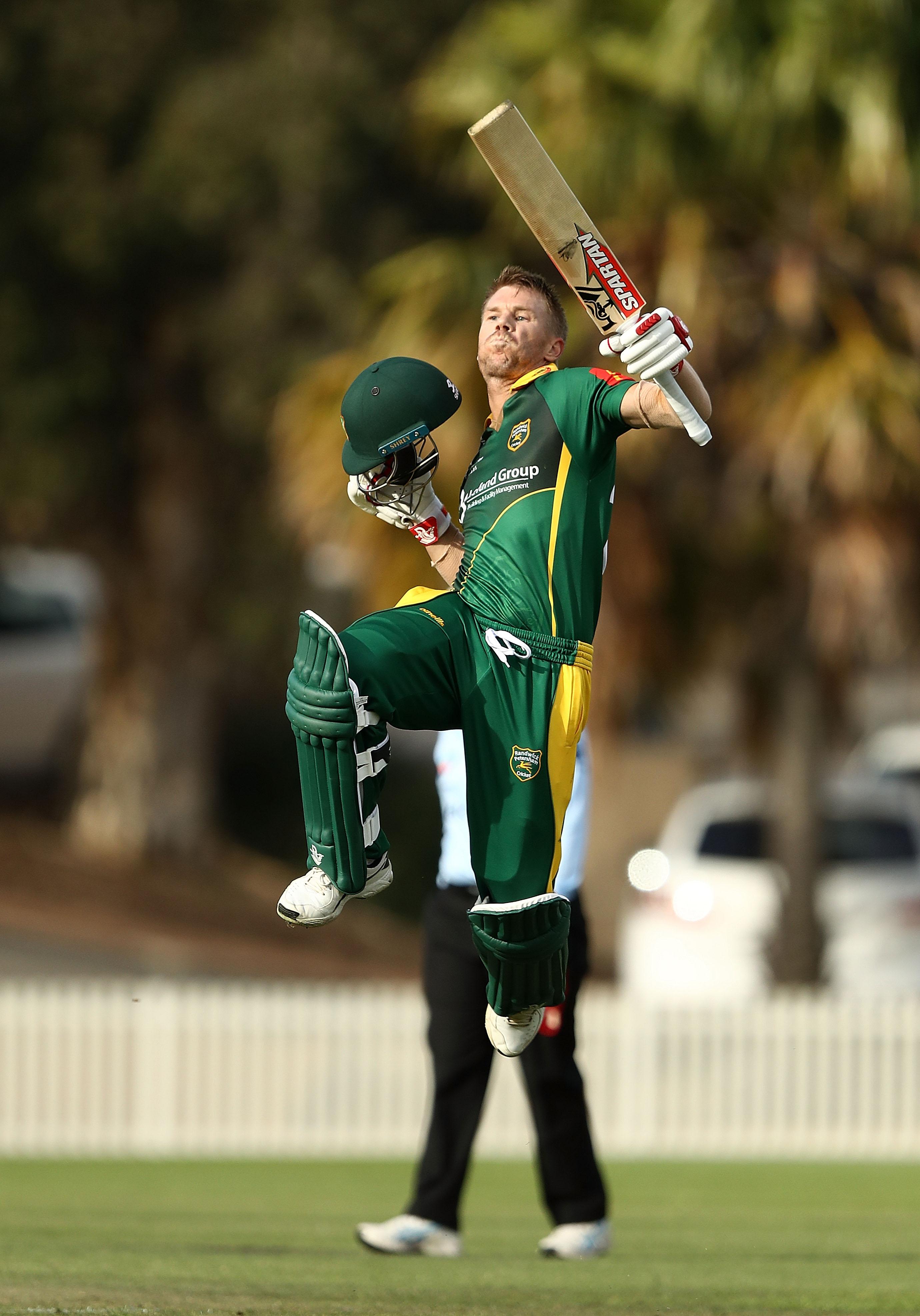 Mccullum Mocks Warner S Club Cricket Celebrations Otago