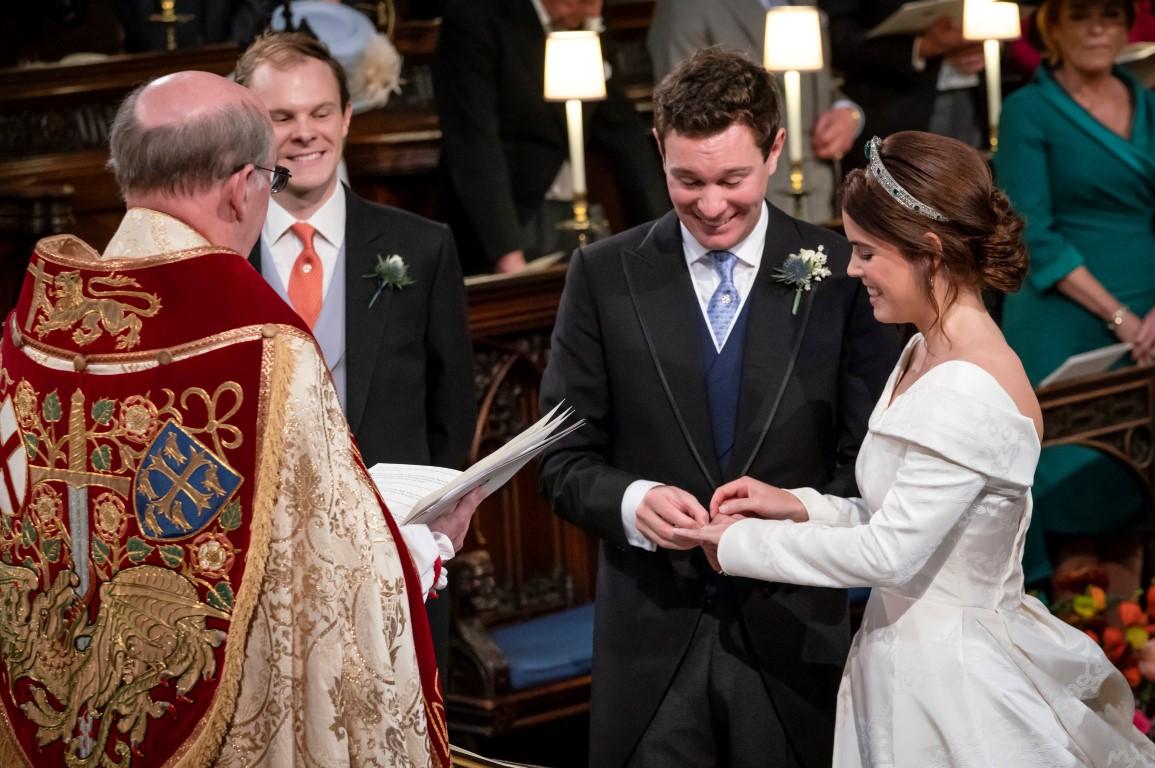 Royal Wedding 2018 Time.Royal Wedding Princess Eugenie Ties The Knot Otago Daily Times