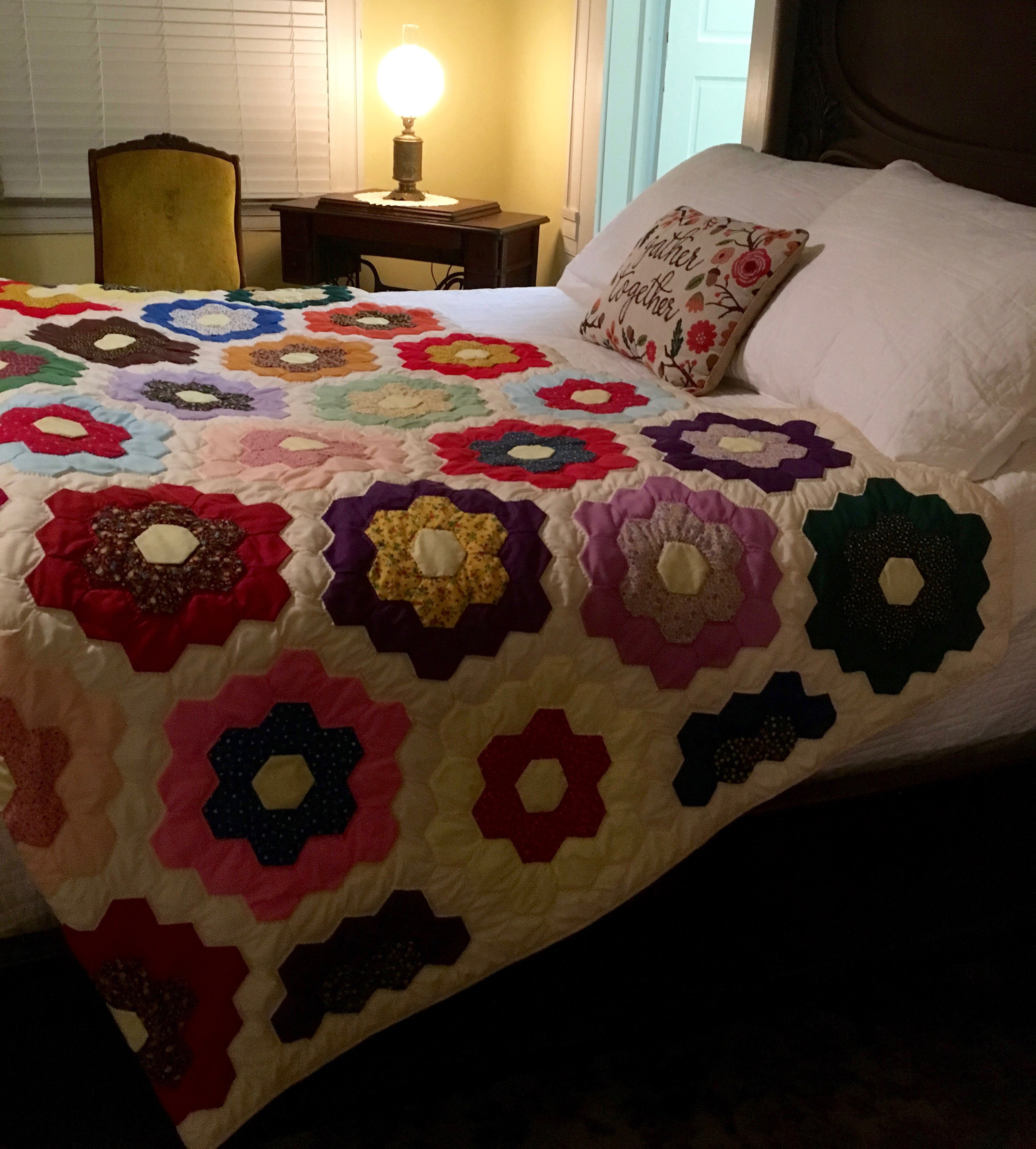 Sara Suite at Liberty Hall , complete with traditional quilt.