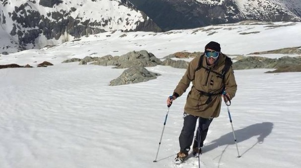 Former All Black and Highlanders prop Carl Hayman snow trekking in Nepal. Photo via NZ Herald