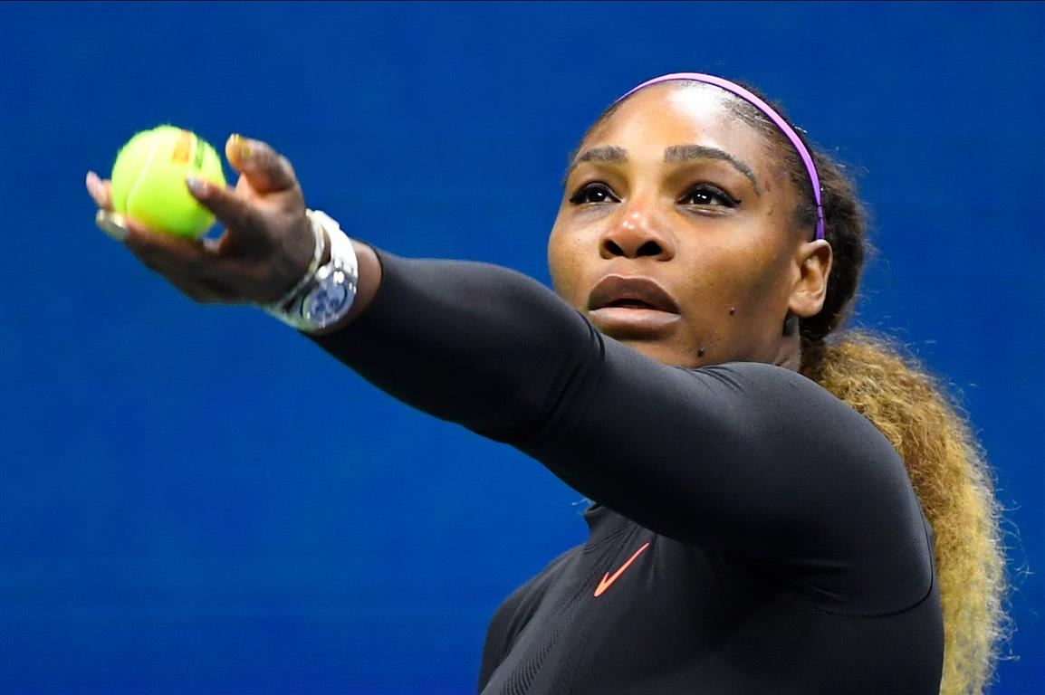 Serena Williams prepares to serve to Qiang Wang. Photo:  Robert Deutsch-USA TODAY Sports