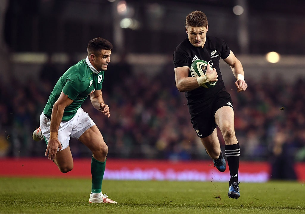 Beauden Barrett gets around Jonny Sexton in the last meeting between the All Blacks and Ireland....