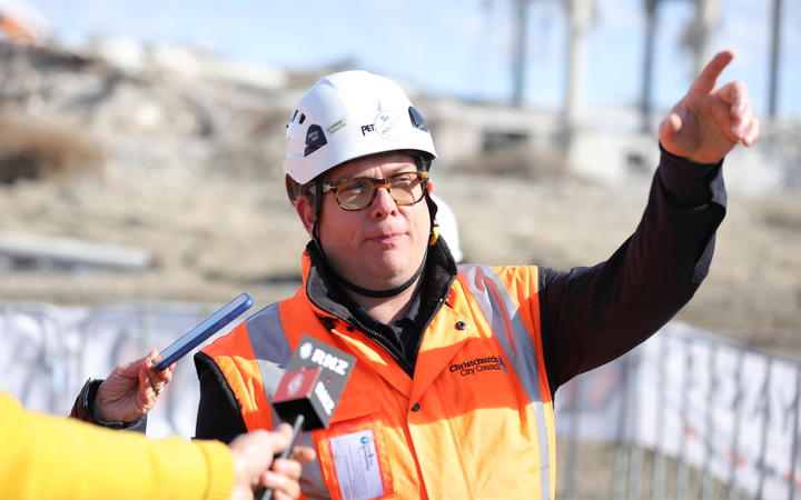 Lee Butcher is overseeing the demolition. Photo: RNZ