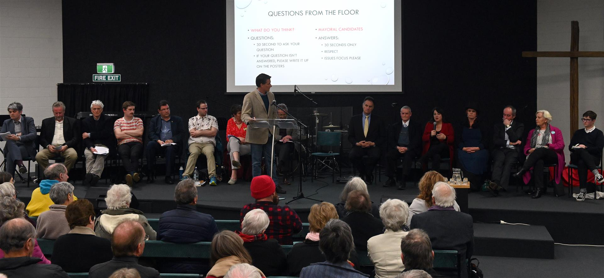 Dunedin mayoral candidates answer questions from the audience about their plans for South Dunedin...