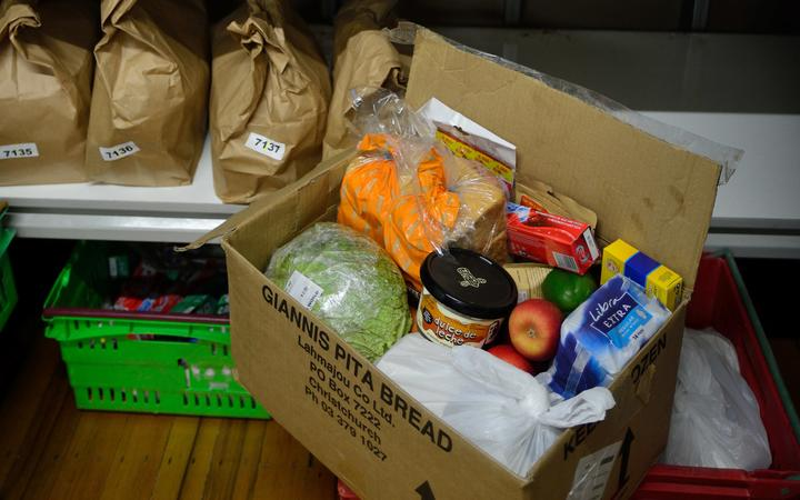 The number of food parcels handed out by the Auckland City Mission is climbing. Photo: RNZ