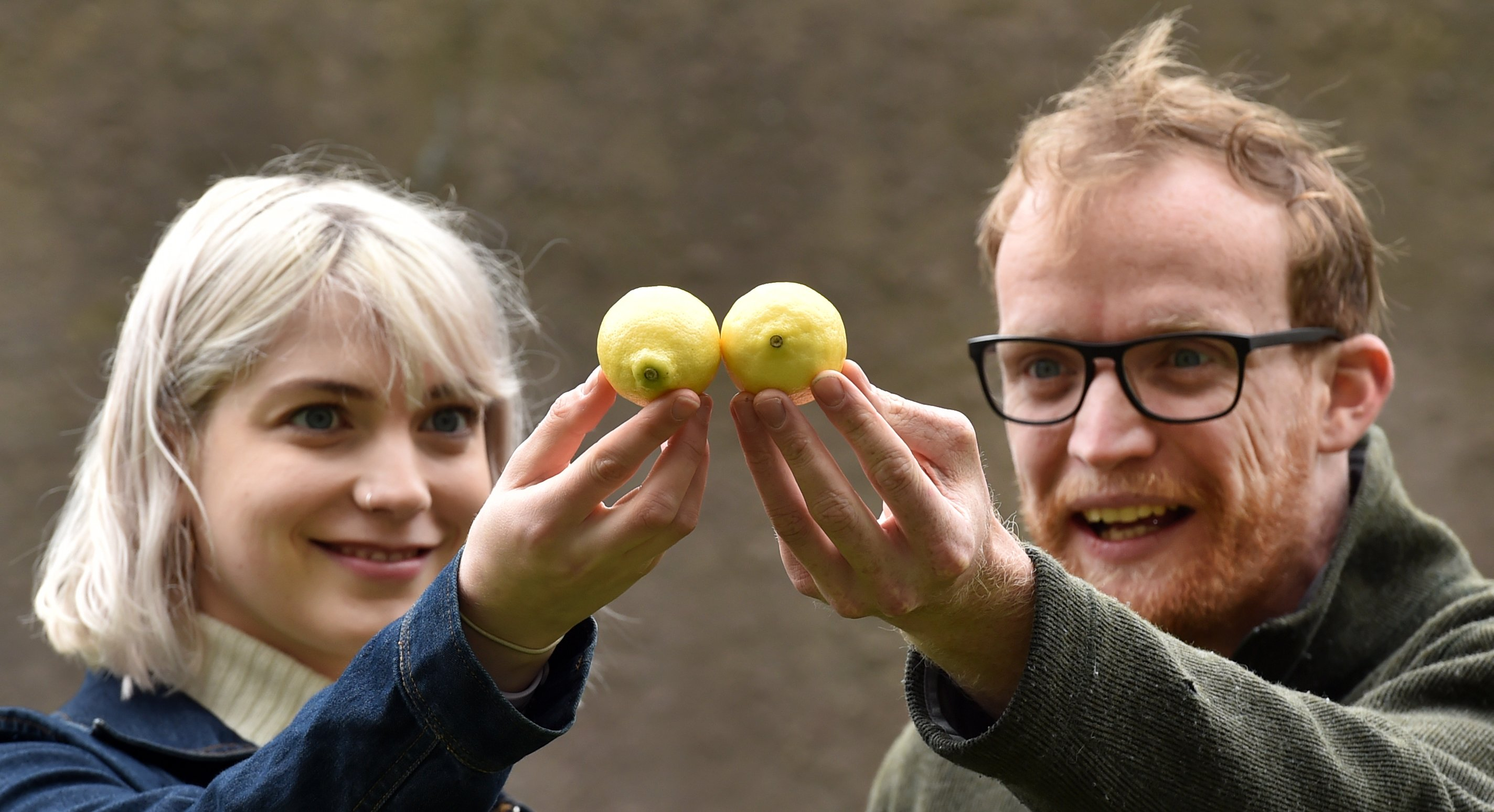 Sophie Graham and Alex Martyn take on a verbal challenge in Lemons Lemons Lemons Lemons Lemons. Photo: Peter McIntosh