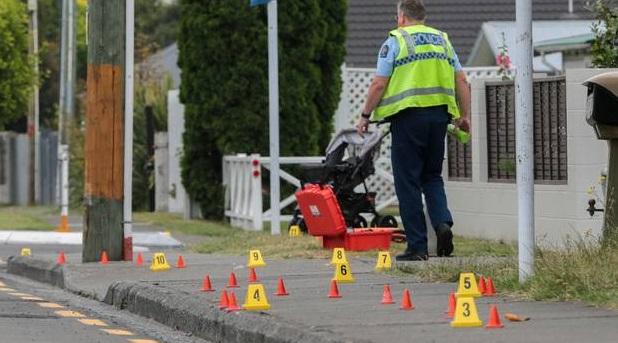 Police at the scene in Hastings. Photo via NZ Herald