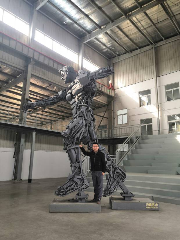 Sculpture artist Yang Yi is looking for a home for his latest creation, a 7-metre metal sculpture...