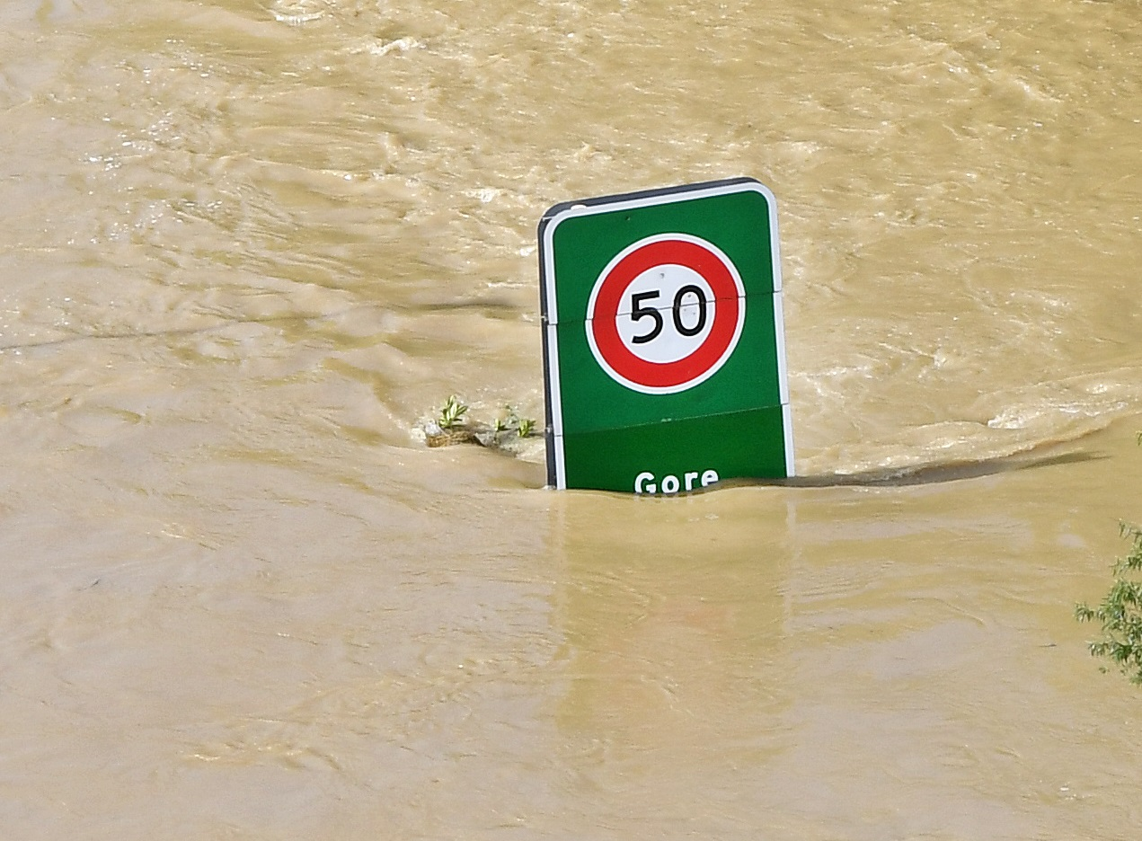 Road signs signal the extent of the problem at the Gore River Tce entrance. Photos: Stephen Jaquiery