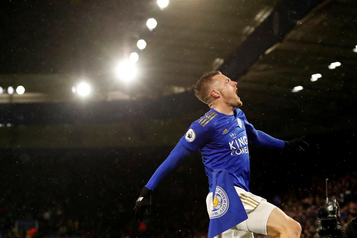 Leicester City's Jamie Vardy celebrates scoring their third goal. Photo: Reuters