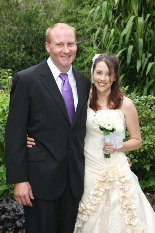 Gareth and Diana Milne on their wedding day in February 2011. Photo / supplied
