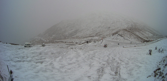 A snowy Crown Range this morning. Photo: MetService