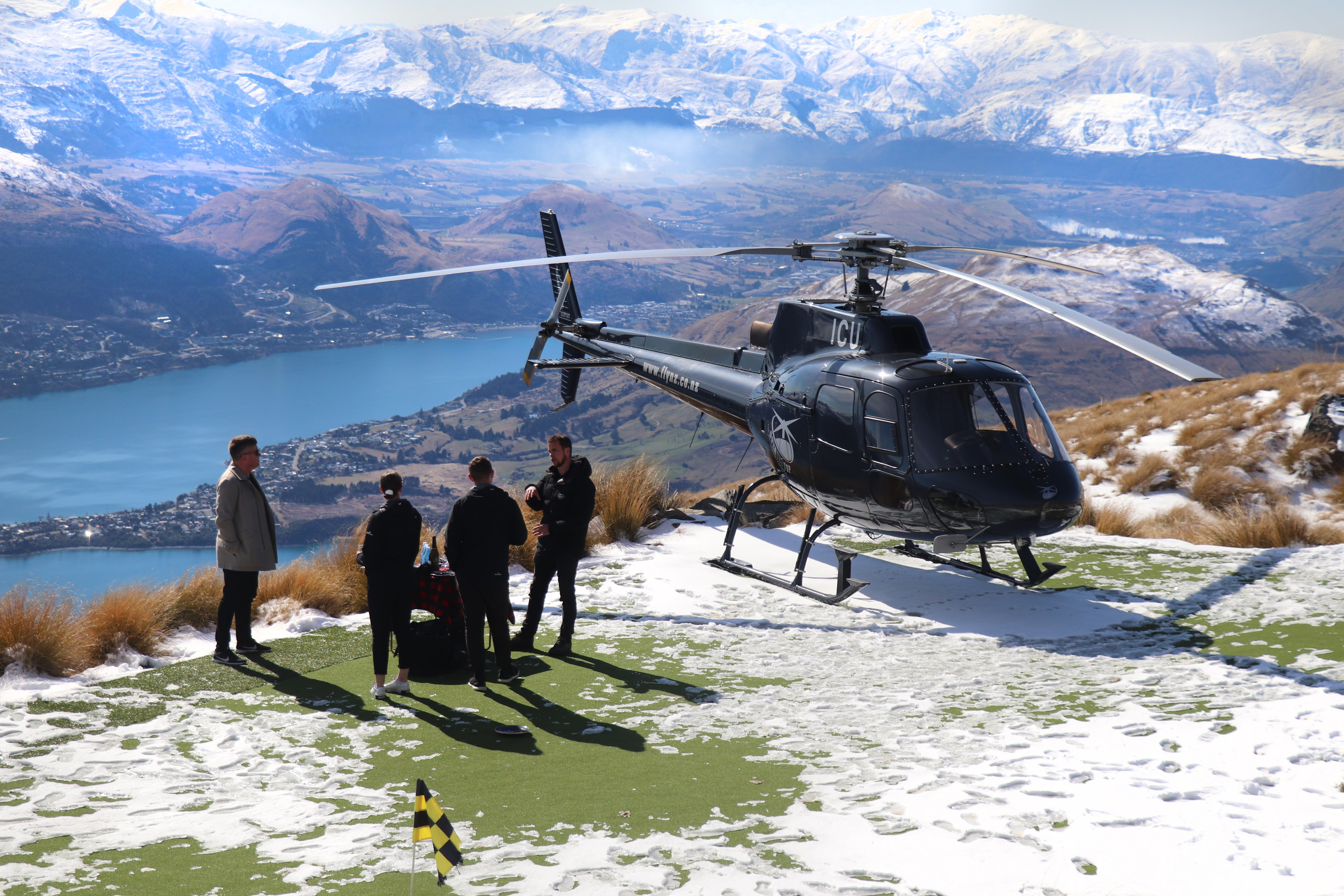 Pavlova on a Peak allows for jaw-dropping views of the Wakatipu Basin.