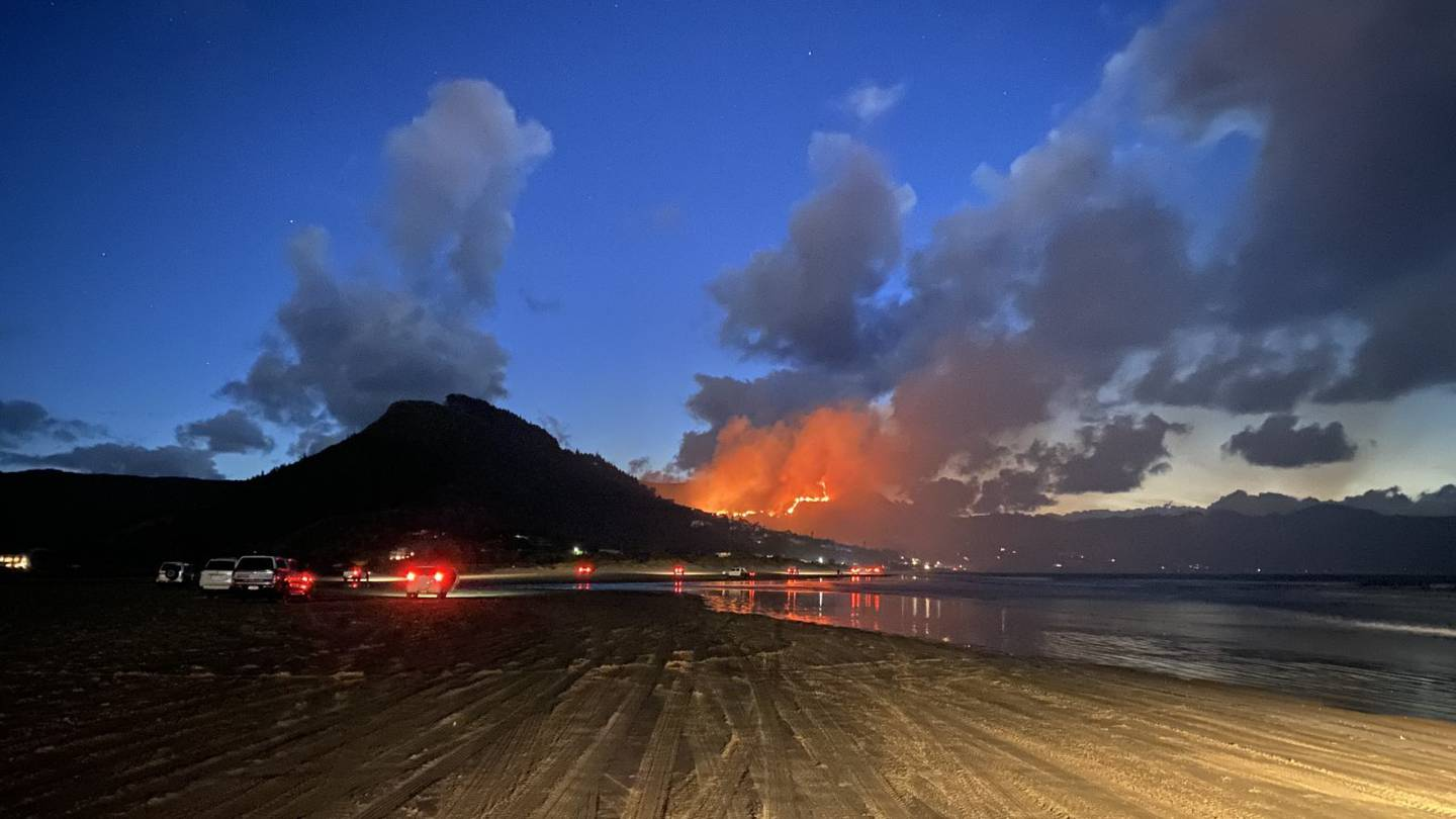 A view of the fire at Ahipara last night. Photo: Chad Cottle via NZ Herald