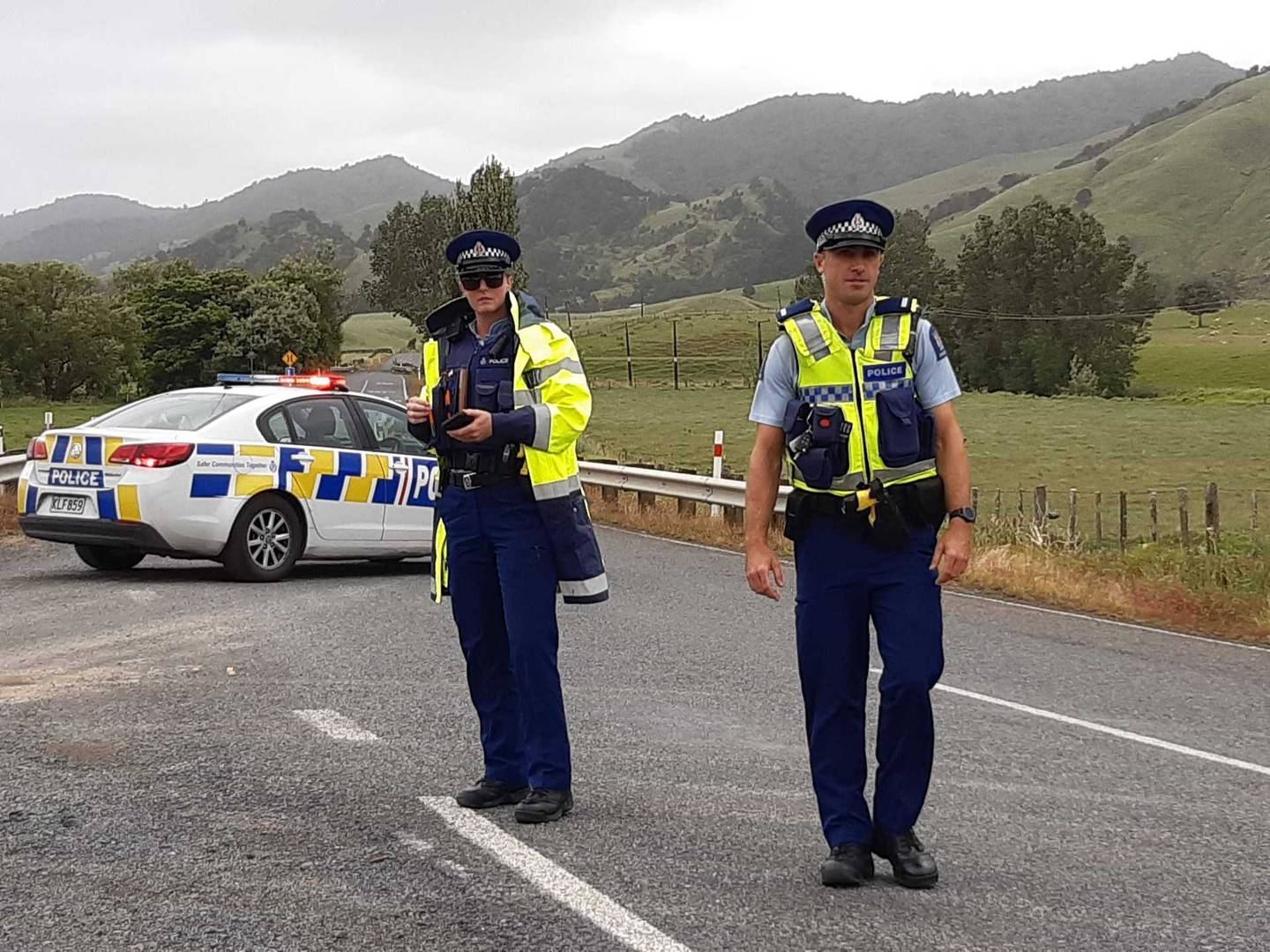 Police responded in force to the incident. Photo: NZ Herald