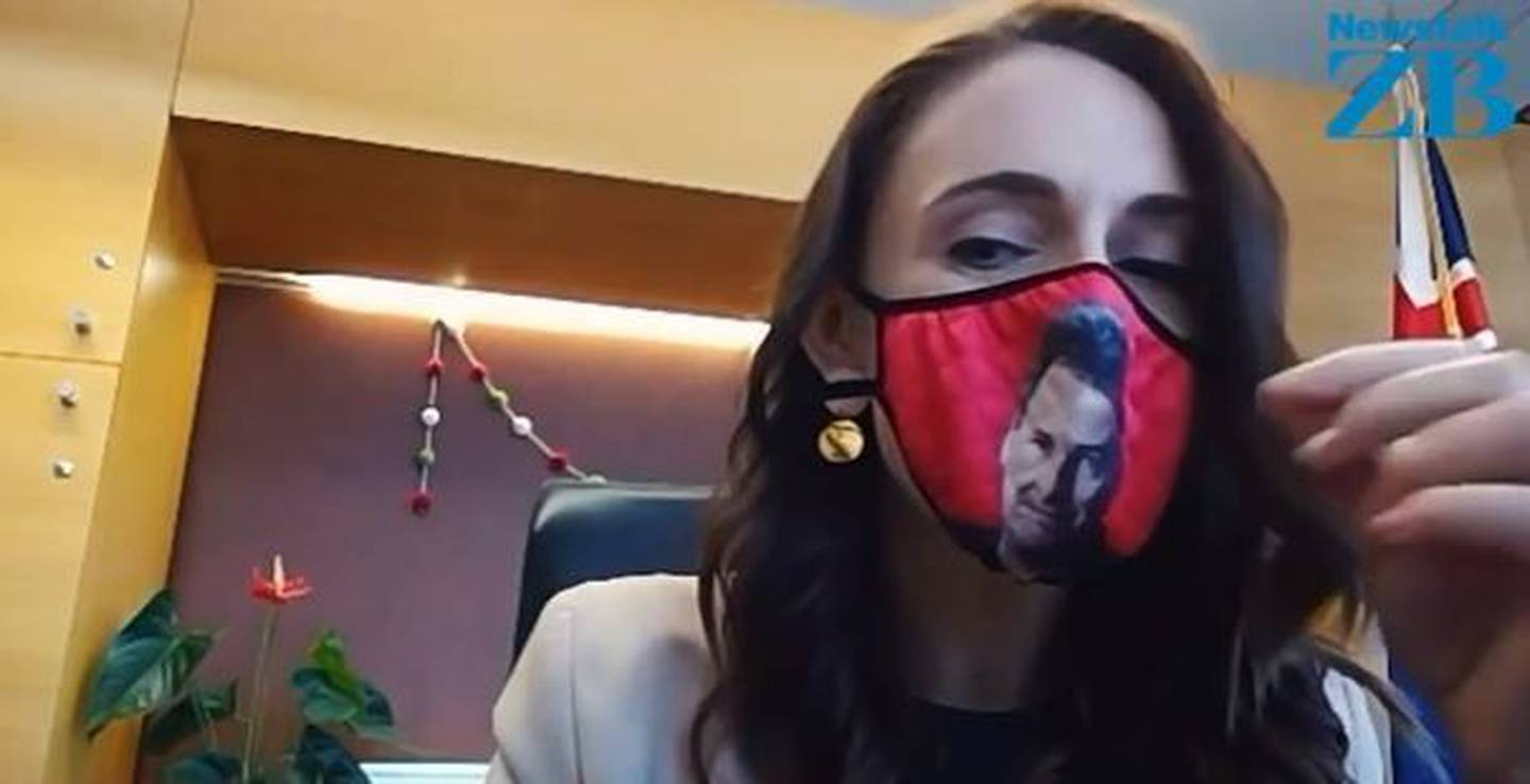 Mike Hosking gifted Jacinda Ardern a face mask with his face printed on the front. Photo: ZB