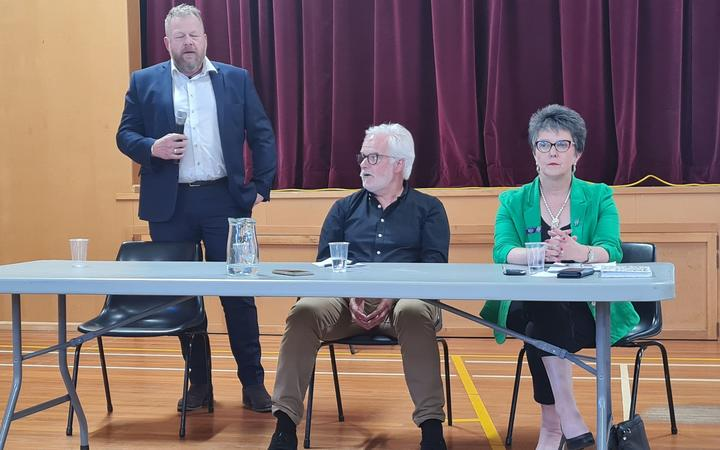 From left: Hurunui Council chief executive Hamish Dobbie, ECan's Andrew Arps and Hurunui District...