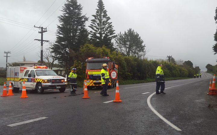 The cordon near a school bus crash in Taranaki in August 2018. Photo: RNZ / Robin Martin