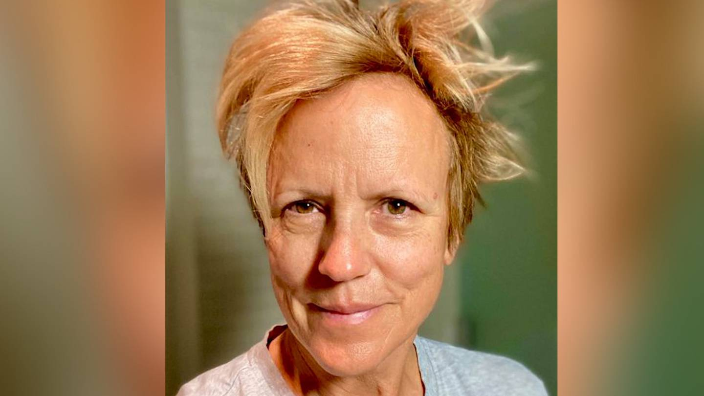 Hilary Barry wasn't afraid to share her natural look. Photo: Hilary Barry via NZH