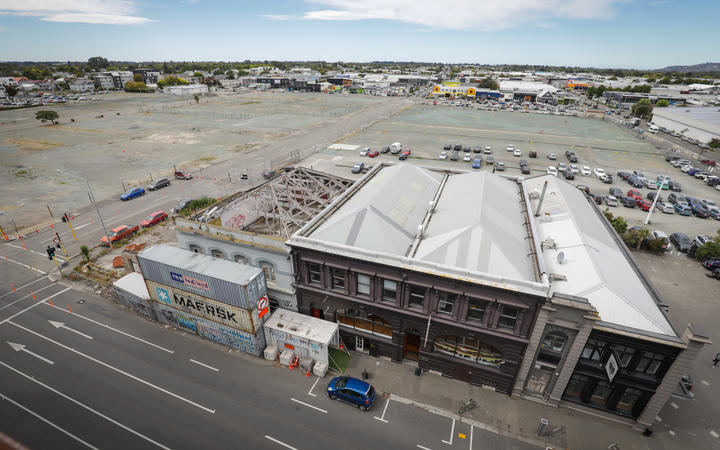 The building is the last standing on the site where work has begun on the stadium. Photo: RNZ /...