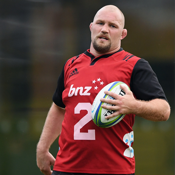 Former Crusaders prop Owen Franks has signed with the Hurricanes on a one-year deal for the 2022...