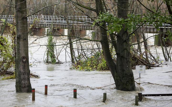 A flooded Ashburton River on Monday. Photo: RNZ