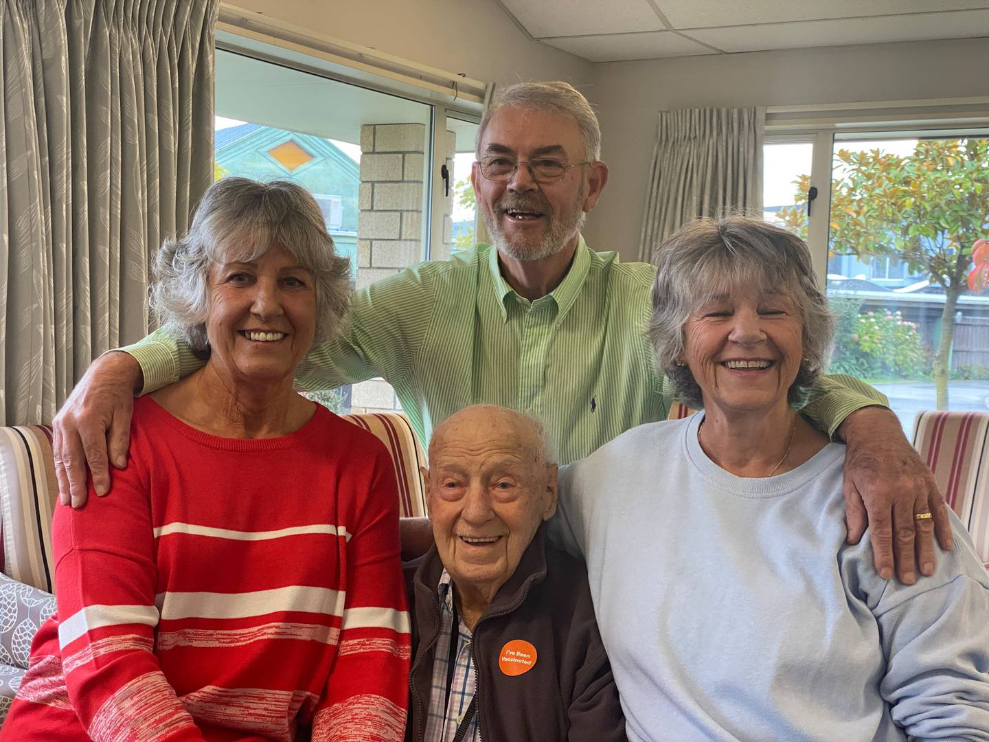 Bill Mitchell with daughters Helen Nicholson (left), Linda Callaghan (right) and Helen's husband...