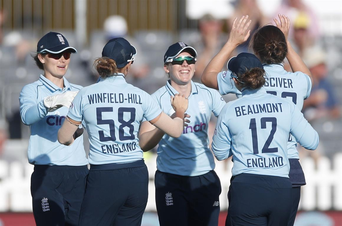 England players celebrate the wicket of New Zealand's Suzie Bates. Photo: Action Images via Reuters